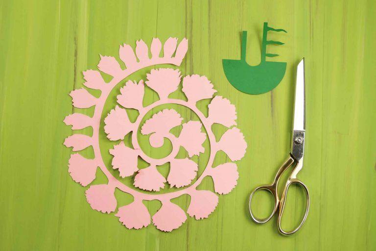 Rolled Paper Carnation Tutorial Free Svg Files Paper Flower