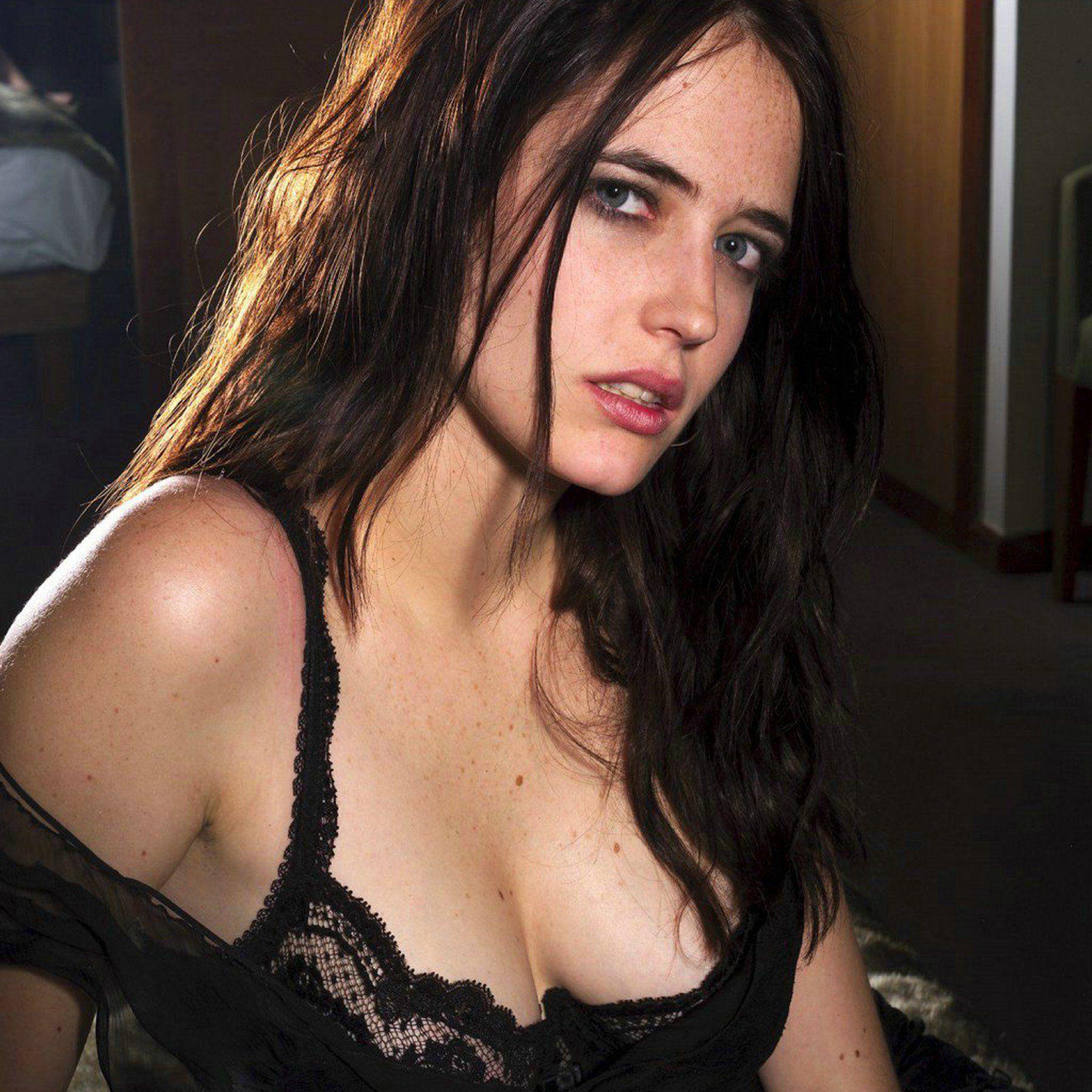 Malaysian fake nude pic