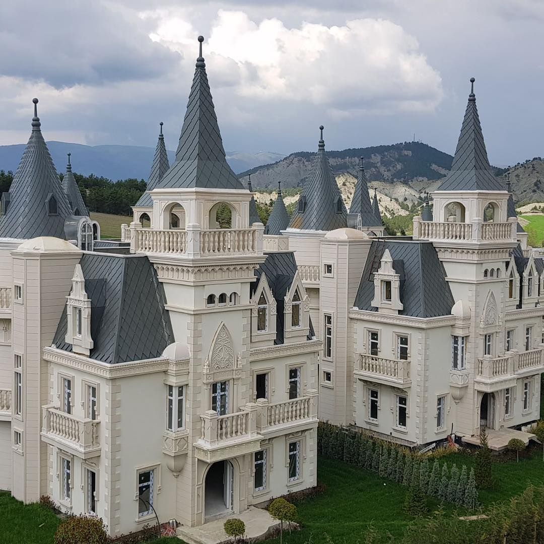 Pin On Castles & Mansions
