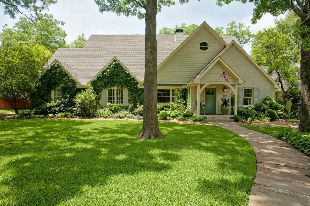 all homes for rent within 3 miles of white rock lake dallas