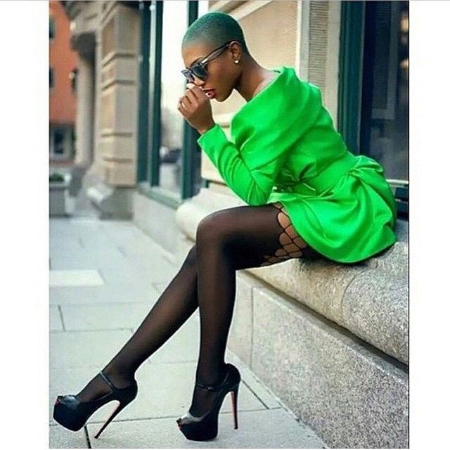 @sai.sankoh #myhaircrush #fashionista #fashionbomb #fashiondaily #fashionblogger #naturalhair #naturallyshesdope #muadallas #muahouston #muanyc #muadmv #tresses #myhaircrush #badcurlsclub...