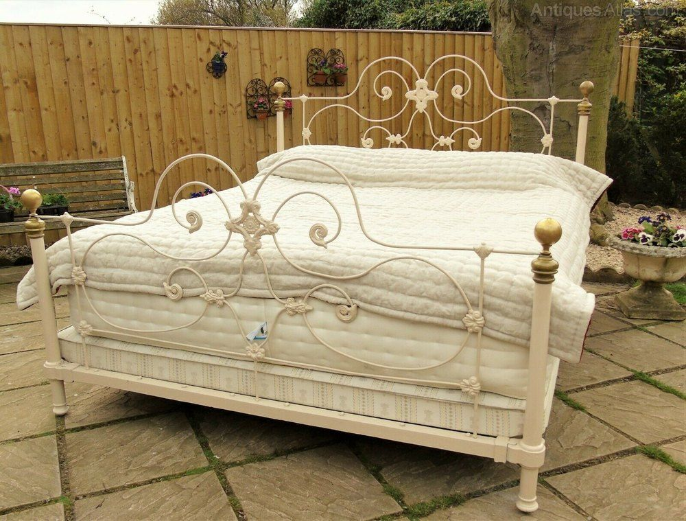 Fabulous Antique Super King Size French Bed In 2020 Bed French