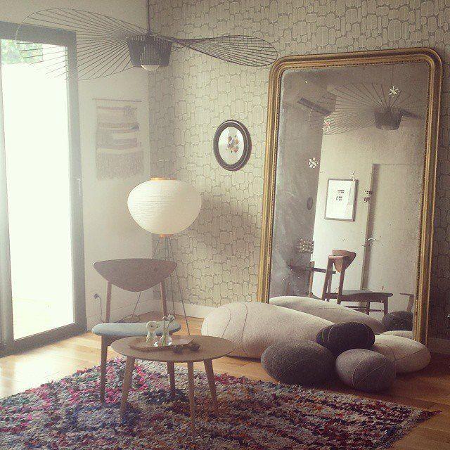 Un miroir vintage pour agrandir l 39 espace madecoamoi for Grand miroir salon