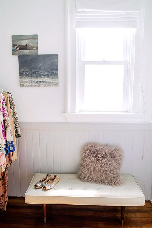a nook, a makeover, and some beautiful paint from @colorhousepaint #colorhousepaint #mercantilecollection