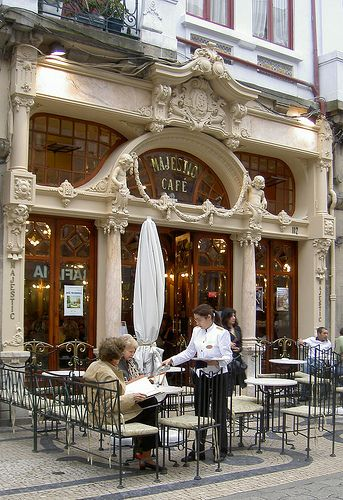Cafe Majestic Portugal By Randwill On Flickr Amo Este Lugar E Tudo Portugal Outdoor Cafe Architecture Sidewalk Cafe