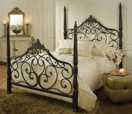 Parkwood Black Gold Queen Bed Set with Bed Rails Bed rails, Bed - Poster Bedroom Sets