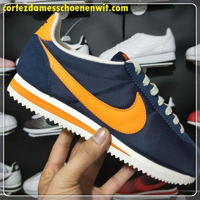 best sneakers cbfce d3466 Nike Classic Cortez 488291-410 Nylon Dames Loopschoenen Donkerblauw Oranje