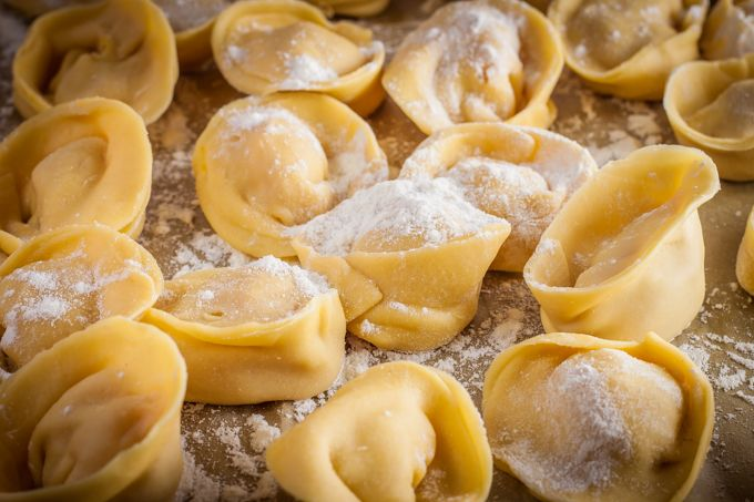 Pumpkin Tortellini with Spinach Walnut Pesto - Rock the Taste #Rezept #Foodporn #Food #Herbst #Kürbis #Pasta #Ravioli #Tortellini #Tortelloni #Nudel #Walnuss #Pesto #Sauce