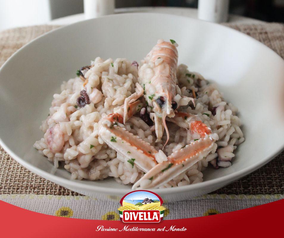 Il #Riso Superfino Arborio #Divella è ideale per i #risotti.  Provalo con i frutti di mare.  Scopri il prodotto qui >> http://goo.gl/UoZNCi