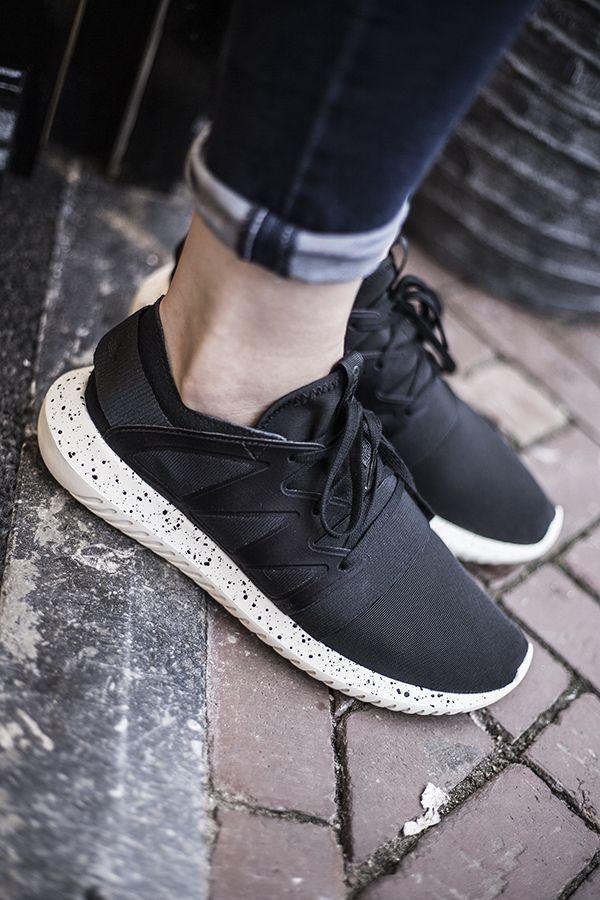 adidas S75915 Tubular Viral Black   IDENZA AW16/17 #adidas #sneaker #idenza