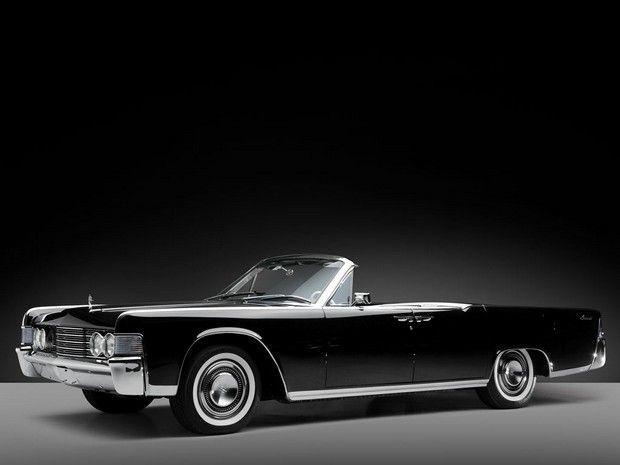 1965 Lincoln Continental Convertible #1965 #1965Lincoln #Lincoln #65Lincoln #65 #LincolnContinental #1965LincolnContinental
