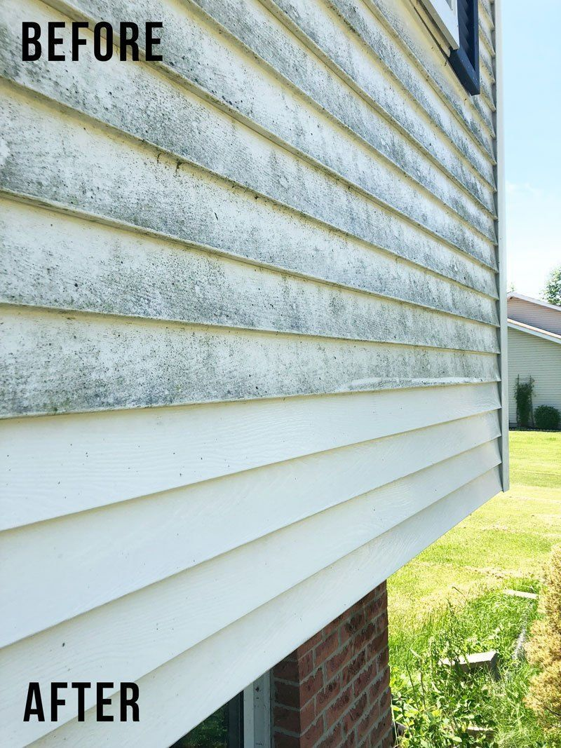 How To Clean Vinyl Siding Home Exterior Cleaning Nikki S Plate Cleaning Vinyl Siding Vinyl Siding Vinyl Siding House