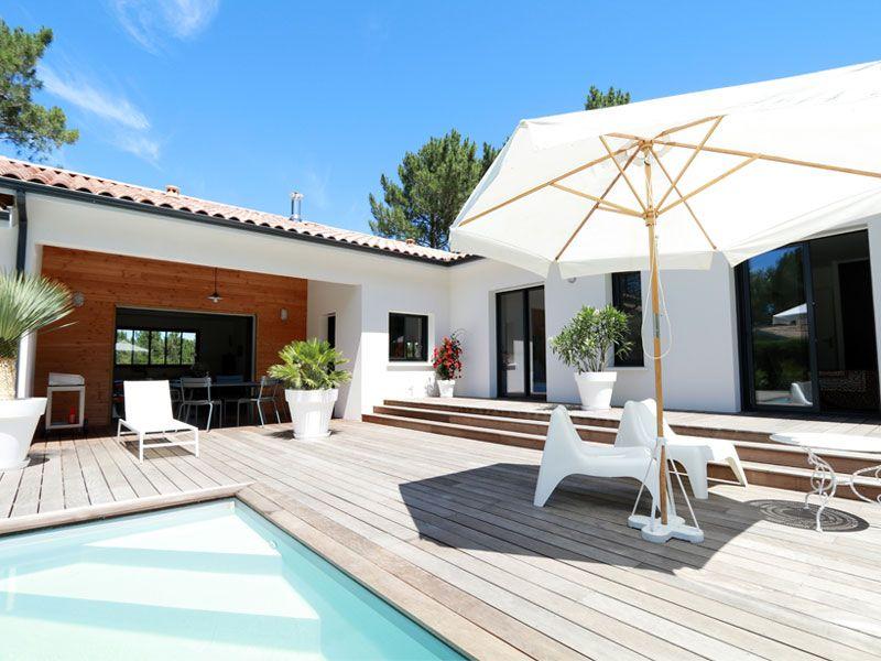 Une jolie maison landaise et contemporaine terrasse bois