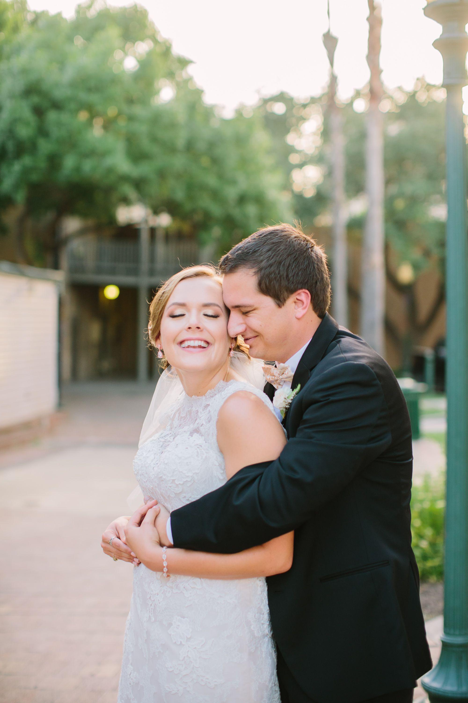 Wedding Photo Posing Ideas
