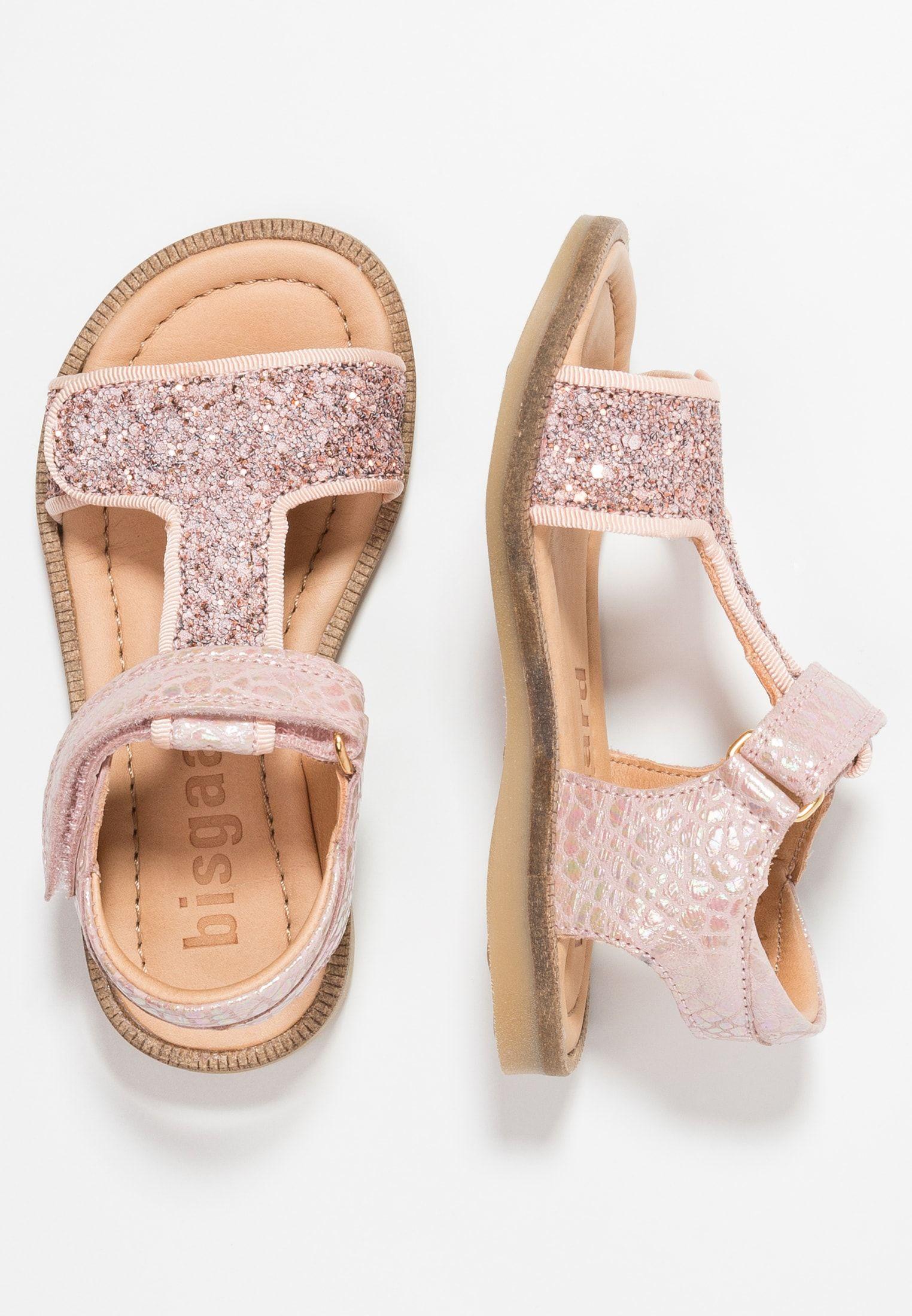 Pin De Yeimi En Calzado En 2020 Zapatos Para Ninas Zapatos Mango Moda De Bebes Nina