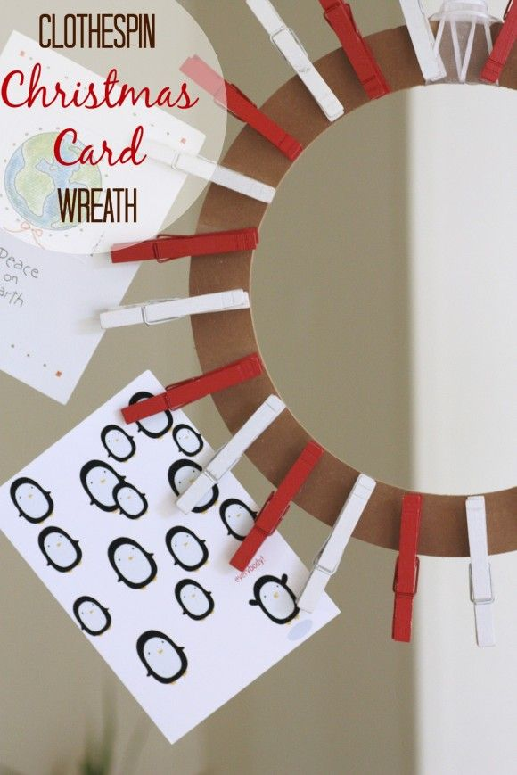 Amazing Clothespin Christmas Card Wreath DIY! Now You Have A Pretty Way To Display  Your Christmas