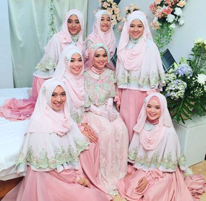 wolipop.com - Foto  Inspirasi Gaun Pengantin Syar i dari Pernikahan Putri  Aa Gym 2981e1b4ab