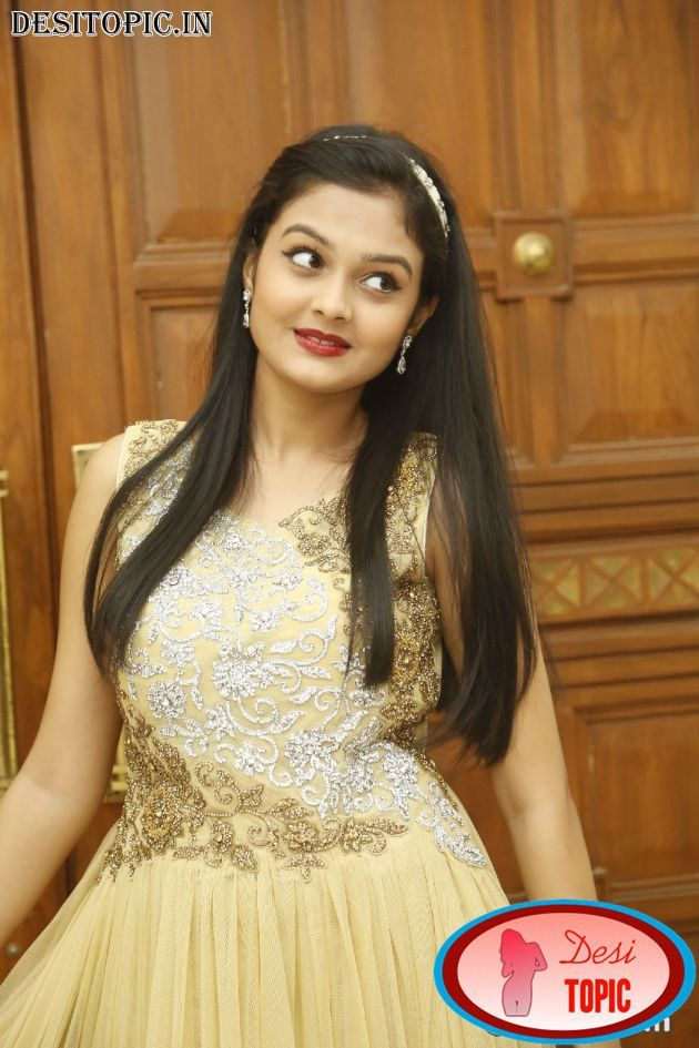 Pragathi Latest Hot And Sexy Pics Check more at http://desitopic.in/celebrities/tollywood/pragathi-latest-hot-and-sexy-pics/