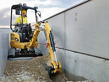 Caterpillar To Design And Manufacture Full Line Of Mini Excavators As Alliance With Wacker Neuson Is Phased Out Mini Excavator Excavator Construction Equipment