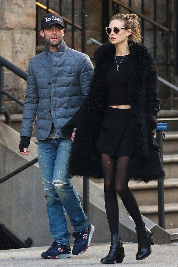 Em clima de dia dos namorados, uma seleção dos casais mais estilosos da atualidade!! Andam Levine e Behati Prinsloo