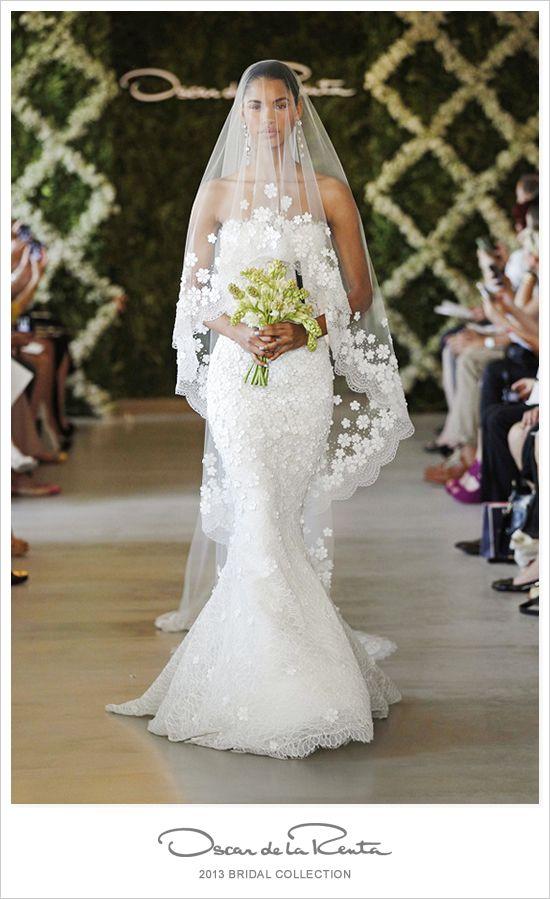 an oscar de la renta wedding gown…