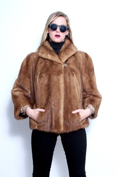 1940s Mink Fur Coat Kaplan - Buffalo | Cavortress