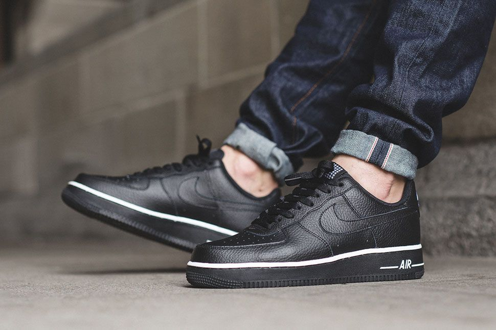 "Nike Air Force 1 Low ""Black/White†(Star Pack) - EU Kicks: Sneaker  Magazine"