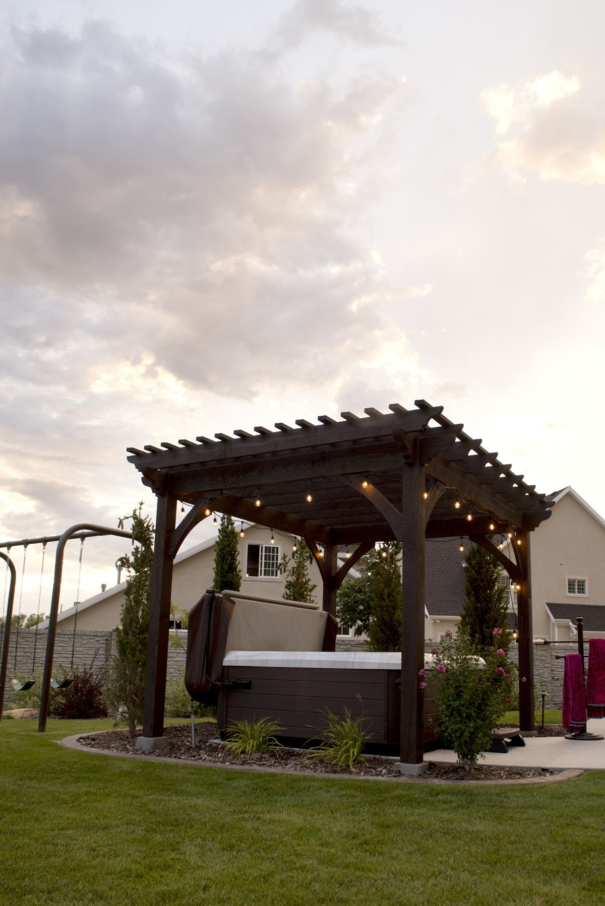 Heavenly Haven: DIY Hot Tub Pergola, Hammock Trellis