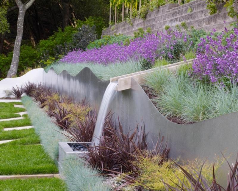Wasserspiele im Garten mit Hanglage Outdoor Pinterest - moderne gartengestaltung hanglage