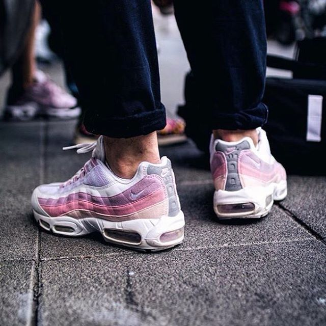nikeshoes nikeairmax sneakershouts sneakeraddict scarpe nike