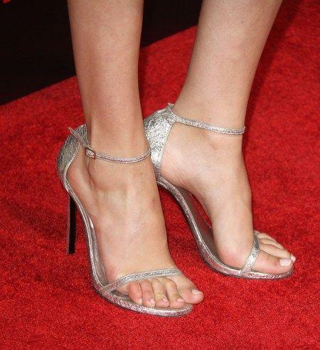 Gal Gadot Sexy Red Carpet Feet Gal Gadot Heels Celebrity Feet