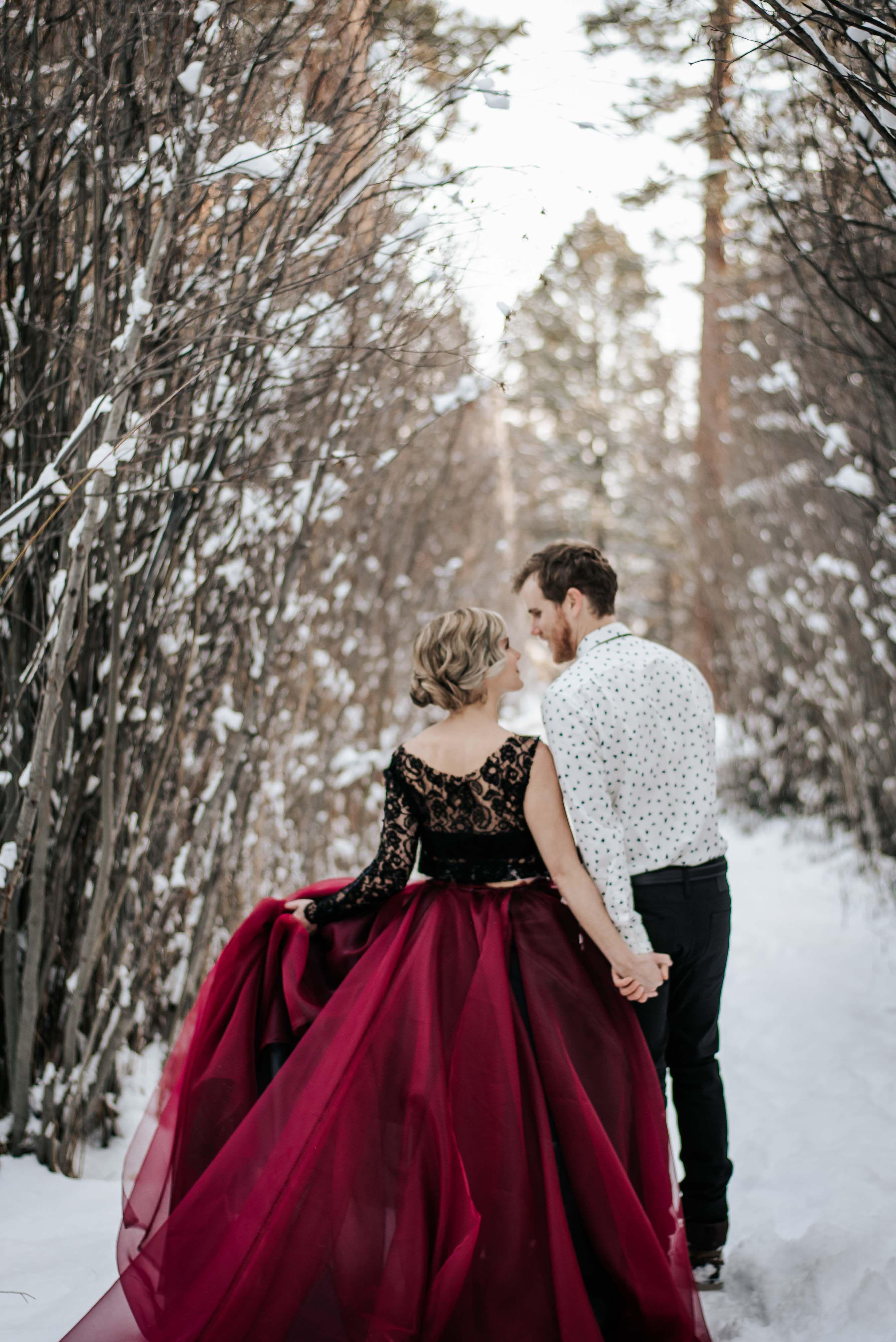 Redmond Wedding Photographer Diy Aspen Hall Elopement In Bend
