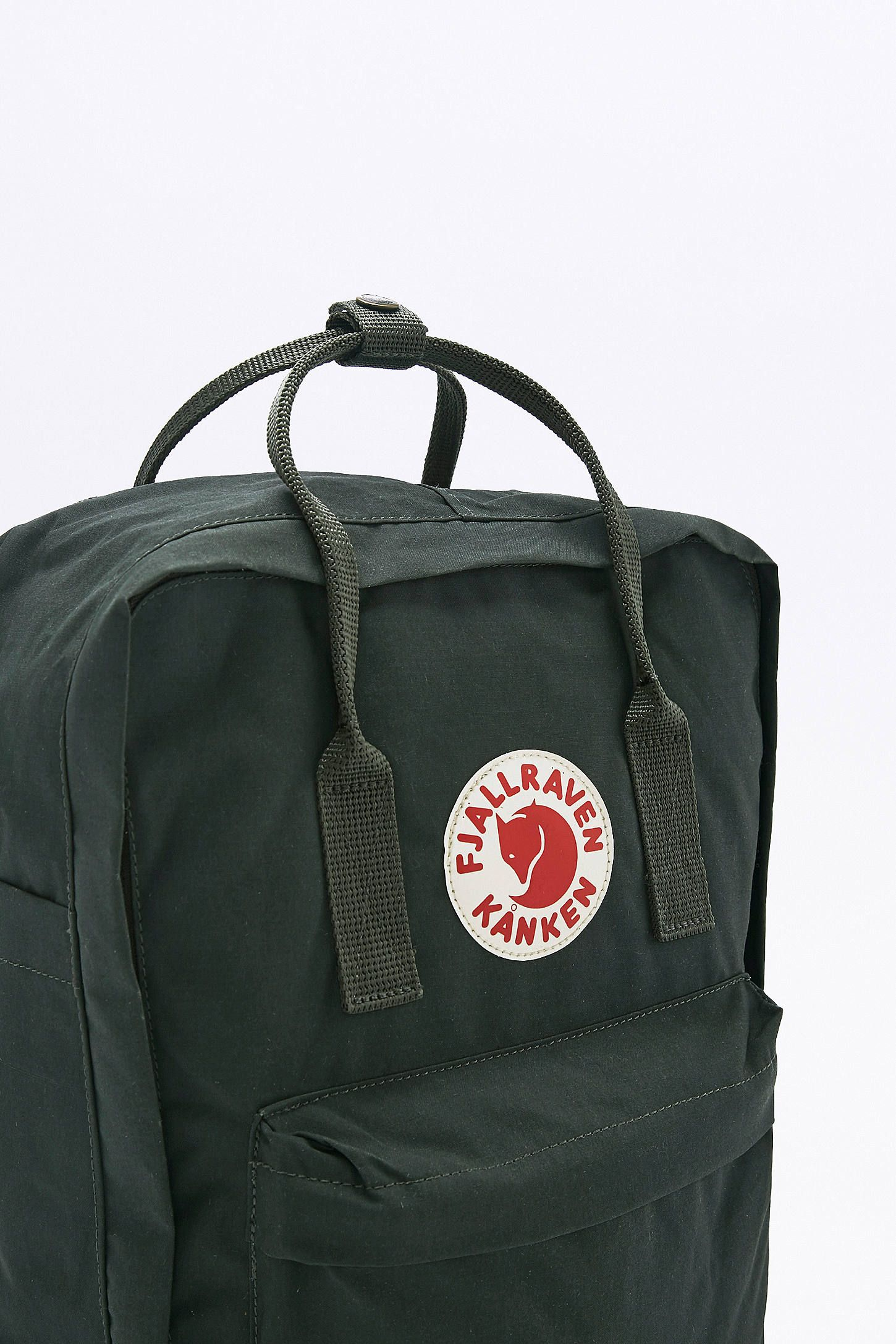 2707d250f Fjallraven Kanken Classic Forest Green Backpack | jewelry and begs ...