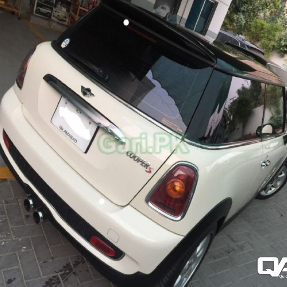 Reg. City Lahore Price 3500000 Rs. Color White Body Type