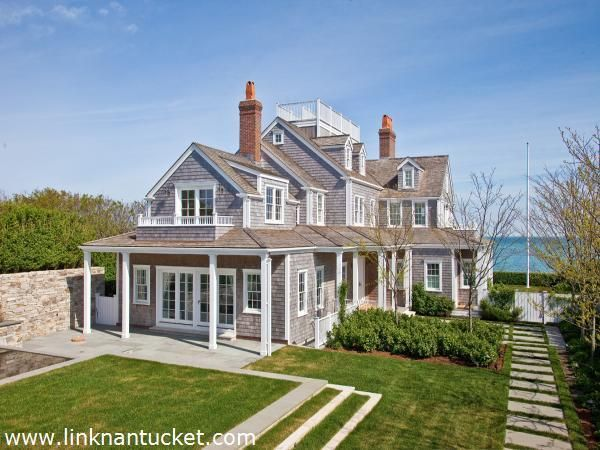 Stepping Stones In Grass Nantucket Home Nantucket Style Homes Dream Beach Houses