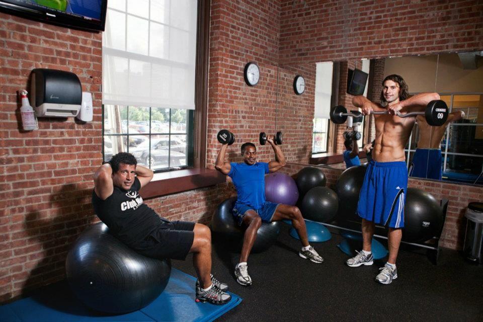 Gym Fitness Club Metro Usa Gym In Jersey City Nj Usa Gym Ball Exercises Gym