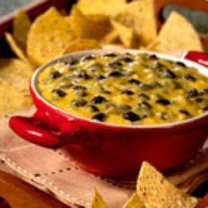 BUSHS Black Bean Con Queso Dip recipe. A spicy cheese dip, perfect for entertaining.