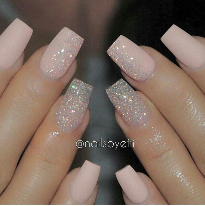 Absolutely Love These Very Simple And Very Classy Looking Nails