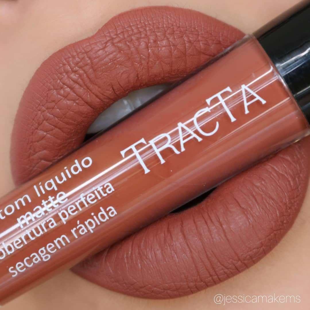 Beautiful Lipstick Shades You Should Try Beautiful Lip Makeup Lipstick Color Lip Arts Lipstick Lipmakeup Mattelip Lipgloss Makeup