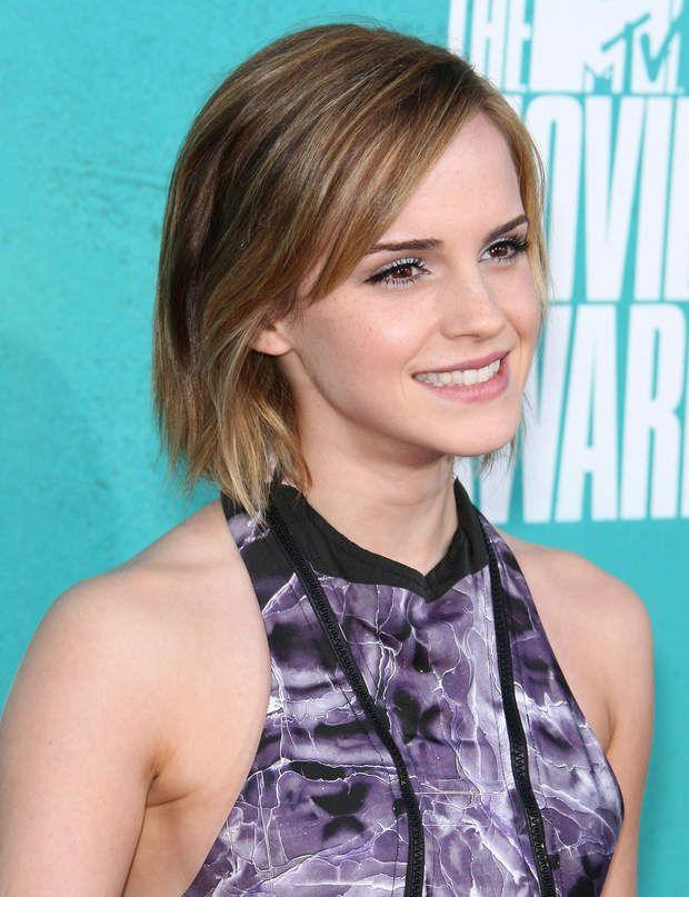 Emma Watson : son évolution capillaire en images | Cheveux emma watson, Emma watson et Coiffures ...