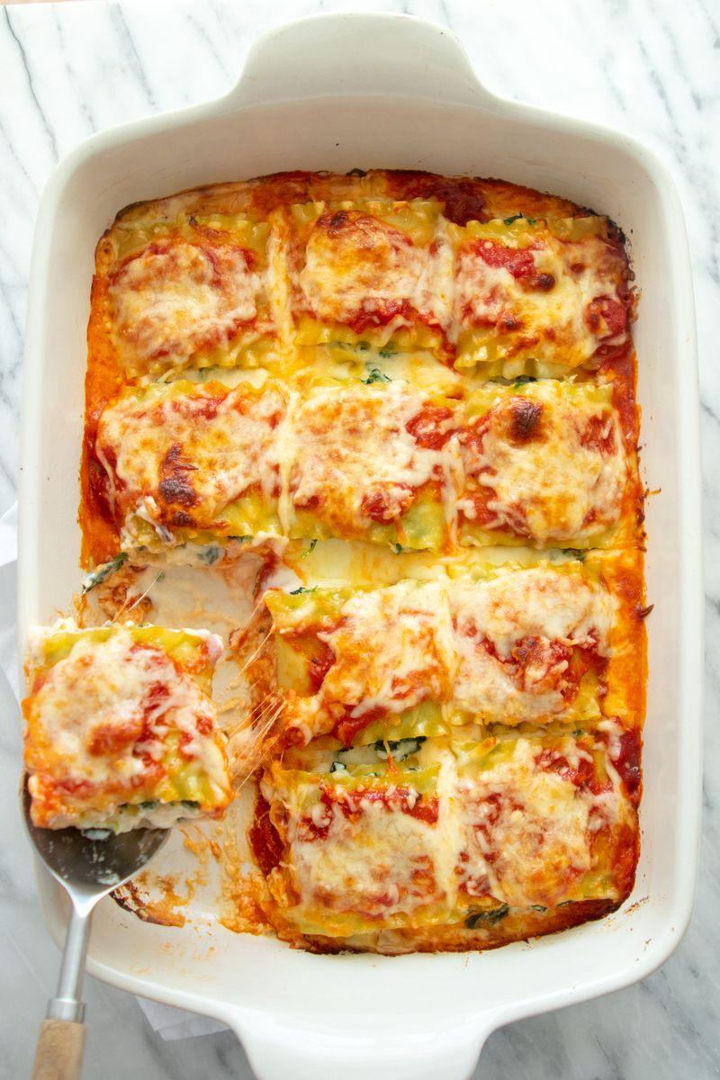 Giada S Essential Italian Dishes Lasagna Rolls Giadzy Lasagna Rolls Recipes Food Network Recipes