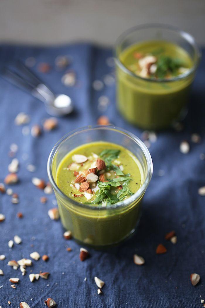 Brokkolisuppe med mandler | SPOON