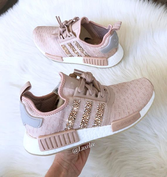 adidas rose gold nmd r1