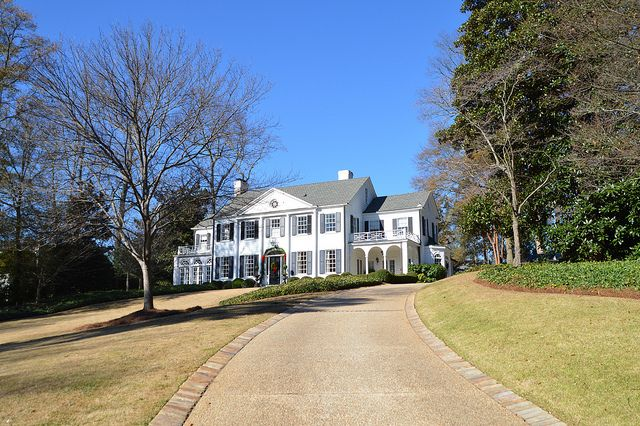 Four Beautiful Homes: the Peachtree Garden Club Christmas Home Tour  Designed by Neel Reid in 1921