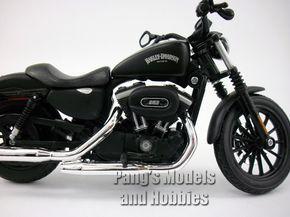 Harley - Davidson 2014 Sportster Iron 883 1/12 Scale Diecast Metal Model by Maisto