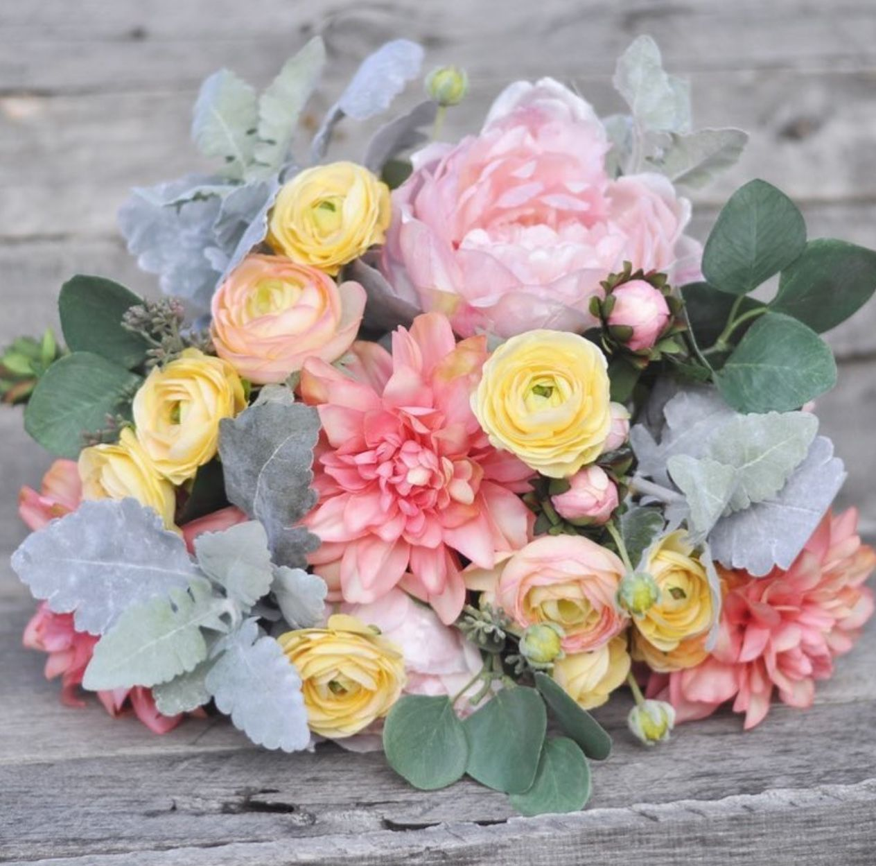 Spring Wedding Season Is Just Around The Corner Forever Flowers Shipping From Hollys Flower Shoppe