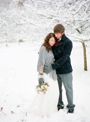Snowy Winter Engagement Session Laura Ivanova