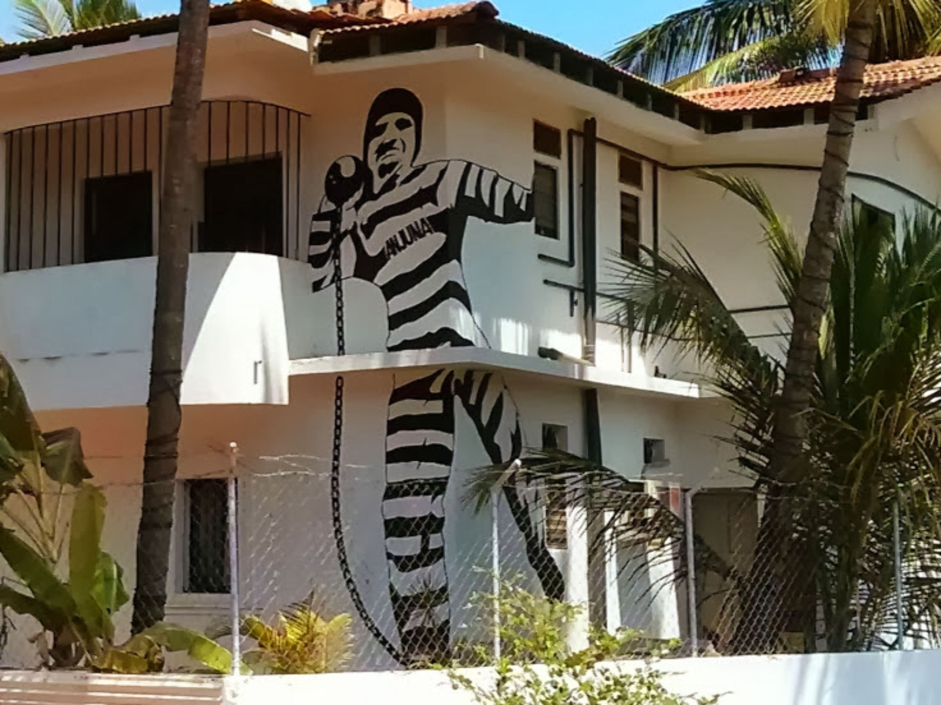 Anjuna 2 Beach House Prisoner Prison Hostel Anjuna Goa Thehostelcrowd The Hostel