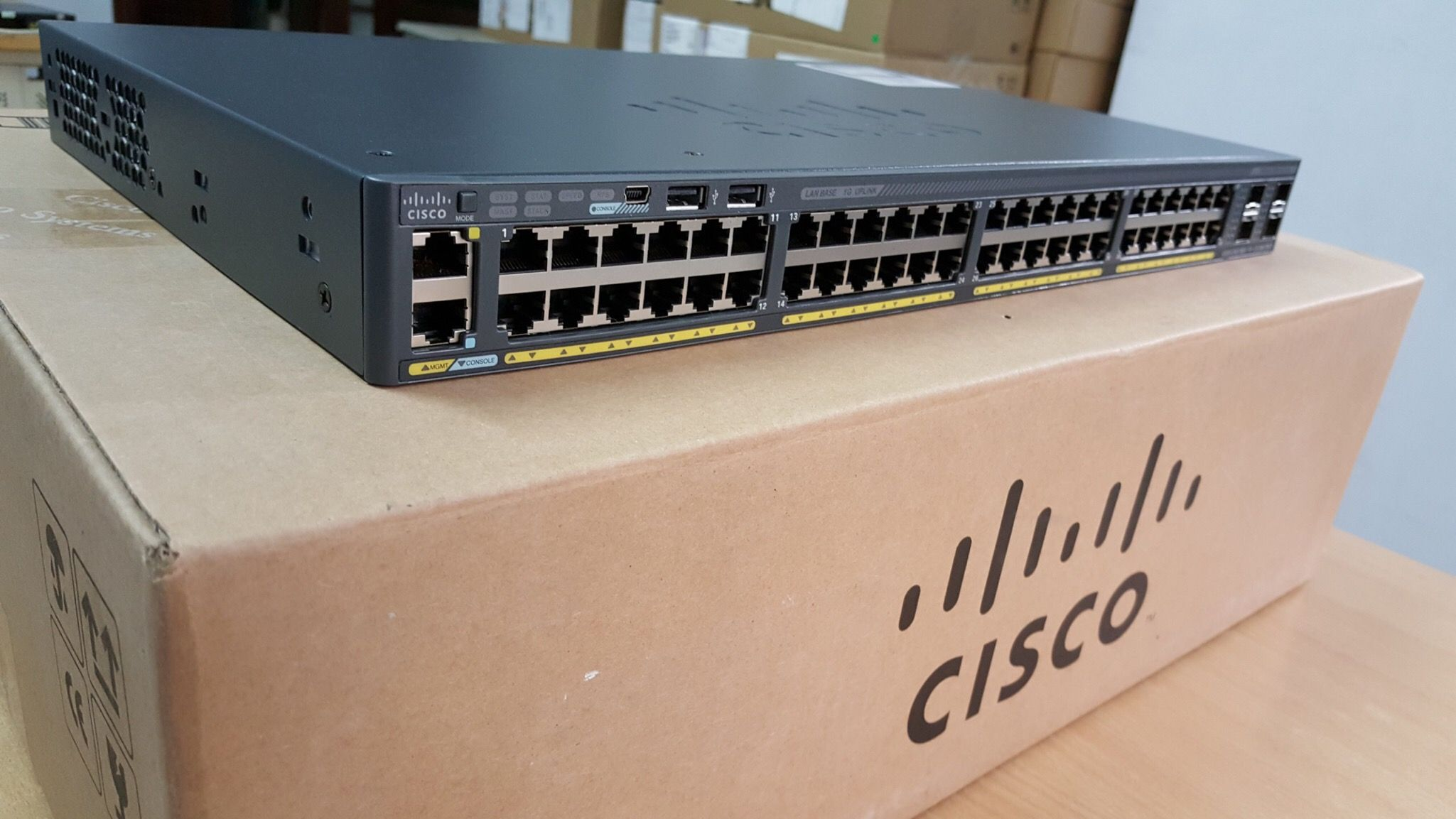 Cisco 2960 Switch Pinterest 3560g And Do Routing Lan Switching