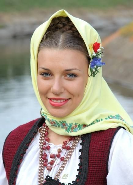 Serbian Girl  Traditional Outfits, Beautiful Costumes -9410